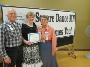 Traveler 9th Award – Mary and LeRoy Elfmann, County Line Squares.